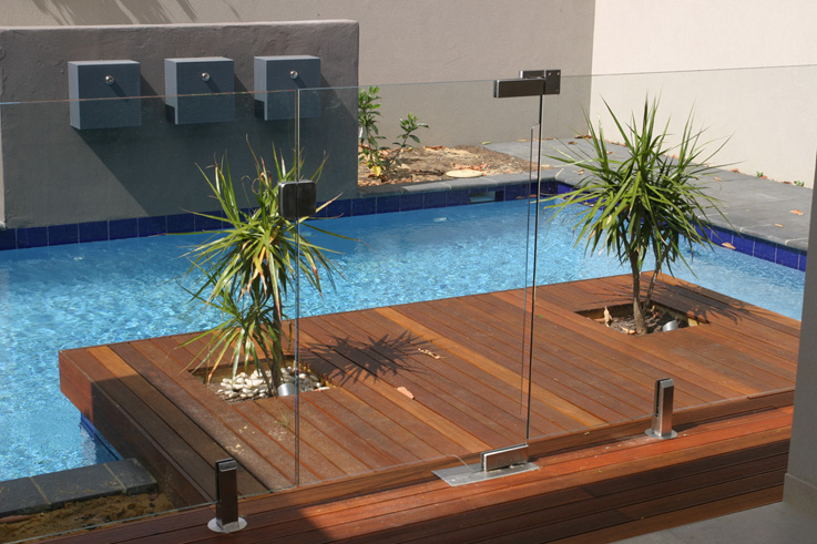 Pacific security fence glass fencing for Glass pool fences